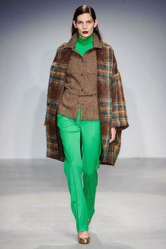 Veronique Branquinho Fall 2013 RTW Collection - Fashion on TheCut