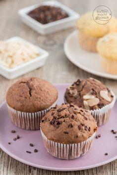 Grundkurs für den perfekten Muffinteig: Mit diesem Grundrezept für saftige Muffins und den Tipps wie die Muffins sicher gelingen, kann nichts mehr schief gehen! Dazu gibts viele Vorschläge, wie man den Grundteig für die Muffins immer wieder abwandeln kann.