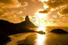 http://us.123rf.com/400wm/400/400/vtupinamba/vtupinamba0911/vtupinamba091100140/5981098-sunset-in-fernando-de-noronha-isle-in-the-northeast-of-brazil.jpg