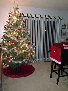 Black and white fun themed Christmas tree with red accents ❤