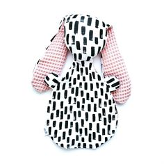 Limited Edition van onze populaire Knijn©️ knuffel Baby Presents, Baby Gifts, Baby Spa, Crafty Craft, Baby Hacks, Kids Education, Softies, Baby Dress, Girl Outfits