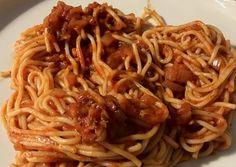 Paradicsomszószos tészta Spaghetti, Food And Drink, Ethnic Recipes, Roses, Eten, Noodle