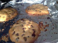 Chocolate Chip Cookies (nut, dairy, grain, gluten, and refined sugar free!) #PredominantlyPaleo