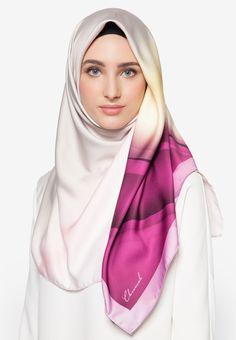 Tudung Bawal Premium Exclusive Aurora Satin Shawl Italian Pucci By Cloverush Fesyen Tudung Terkini 2016 & 2017 9 Boleh beli di sini : http://invl.co/9tr