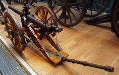 British 10 pounder Jointed Breech Loading Gun (Screw Gun) 1901 Firepower Museum
