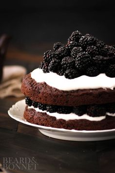 Naked Chocolate Cake with Blackberries and Whipped Coconut Cream {Beard and Bonnet }  @kitchendailypin  #intheraw