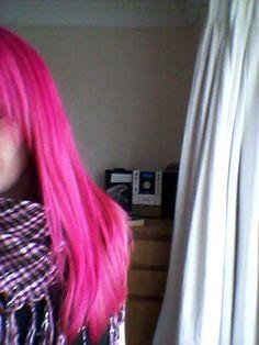 La Riche Directions Flamingo Pink hair :-)