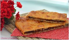 Chismes y Cacharros: Empanada de Cecina