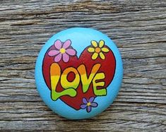 Love Heart Painted Rock, Decorative Accent Stone, Paperweight by HeartandSoulbyDeb on Etsy Hippie Painting, Heart Painting, Pebble Painting, Pebble Art, Stone Painting, Rock Painting Ideas Easy, Rock Painting Designs, Paint Designs, Pintura Hippie