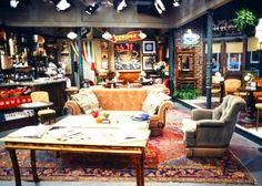Central Perk on Friends | hookedonhouses.net