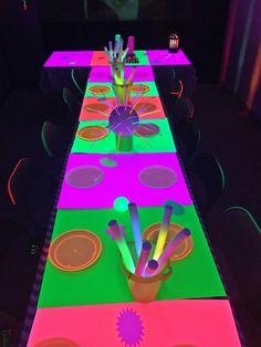 Glow Party, Disco Party, I Party, 15th Birthday, Birthday Ideas, Blacklight Party, Skate Party, Neon, Unicorn Party