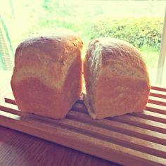 酒粕酵母のパンドミー。ちょっと酵母が元気なかったけど食パン食べたくなったので。少しでも釜伸びしてよかった。 - @koguma3014- #webstagram