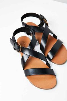 Maddie Leather Sandal - Urban Outfitters Urban Outfitters Shoes ac25a342b3