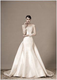 [웨딩드레스] 매혹적인 실룩엣으로 신부의 마음을 설레게 하는 안나스포사의 웨딩드레스 < 웨딩뉴스 < 웨딩검색 웨프 Bridal Shoot, Bridal Gowns, Wedding Gowns, Wedding Bridesmaid Dresses, Wedding Attire, Beautiful Gowns, Beautiful Bride, W Dresses, Queen Dress
