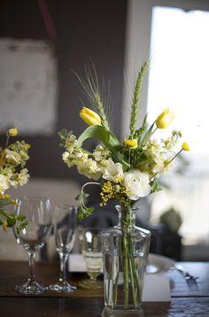 rannunculas, accacia rustic florals