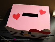Hello Kitty Valentine Mail Box Top