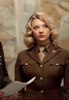 Natalie Dormer | I KNEW IT!! I thought that lady in Captain America was Natalie Dormer!!