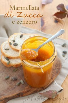 Marmellata di zucca e zenzero, vellutata, morbida e corposa. Per niente stucchevole grazie all'aroma dello zenzero che la rende piacevolmente piccantina. Italian Desserts, Italian Recipes, Cheesecake Desserts, Dessert Recipes, Chutney, My Favorite Food, Favorite Recipes, Kenwood Cooking, Dips