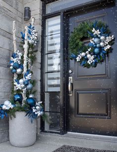 This Christmas, create an entrance to remember! Find all of the essentials for a perfect Christmas home décor. From lanterns to snowglobes get everything you need to get your home holiday ready. Outdoor Christmas Planters, Christmas Urns, Christmas Garden Decorations, Blue Christmas Decor, Christmas Arrangements, Rustic Christmas, Christmas Themes, Christmas Wreaths, Simple Christmas