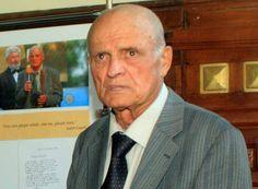 Virgilius Justin Capră (Iustin Capră) (n. 22 februarie 1933 la Măgureni, Prahova, România) este un inventator și inginer român.Compania 3M, care implineste 15 ani de prezenta in Romania, isi propune sa depuna un efort constant pentru a promova inovatia romaneasca.