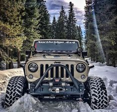 Jeeps Are Just Awesome! Jeep Rubicon, Jeep Wrangler Jk, Jeep Jk, Jeep Truck, 2 Door Jeep, Jeep Bumpers, White Jeep, Badass Jeep, Custom Jeep
