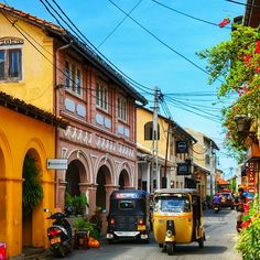 Cute town, cute holiday, sunrise and food!, 22 Dec. // Streets of Galle in Sri Lanka