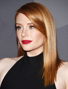 Bryce Dallas Howard Straight Medium Length Strawberry Blonde Red Hair For Date Night For Women Over 40 Bryce Dallas Howard, Pelo Popular, Red Hair Woman, Corte Y Color, Jessica Chastain, Strawberry Blonde, Celebrity Beauty, Beautiful Redhead, Hair Lengths