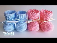 Crochet ideas that you'll love Baby Knitting Patterns, Baby Boy Knitting, Baby Dress Patterns, Booties Crochet, Crochet Baby Booties, Crochet Slippers, Love Crochet, Learn To Crochet, Crochet For Kids