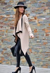 Great outfit. Loving the leather skinnies and that amazing coat!