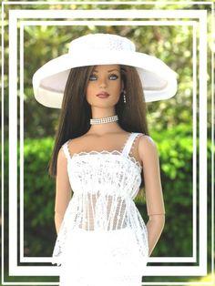 Fashion Royalty Doll..35.33.4
