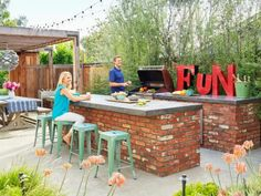 You can practically taste the margaritas just by looking at this fun Southern California pad featured in HGTV Magazine.