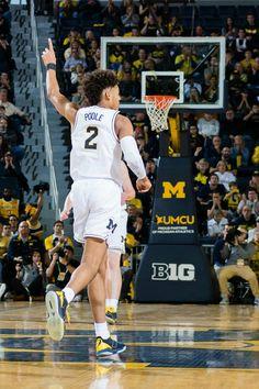 e1e5af0f133 College Basketball, Basketball Teams, Michigan Go Blue, Michigan Wolverines,  Athletics, Jordans