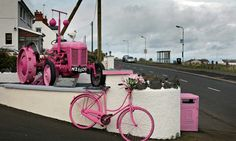 Ulster preparing for its part in the Giro d'Italia 2014 route Photograph: Martin Godwin for the Guardian.
