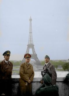 Hitler in Paris 1940