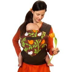 Those, who prefer traditional methods of babywearing, but would like to tie more simply and look stylish at the same time, usually go for a Lili-Tai. Mei Tai Baby Carrier, Baby Wearing, Organic Cotton, Stylish, Baby Slings, Babywearing