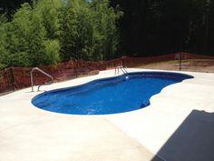 Very nice deck job around this Riviera 34 project.