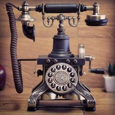 Travel back in time with this vintage phone and let your imagination run wild. Real Phone, Old Phone, Vintage Phones, Vintage Telephone, Weird Gifts, Cool Gifts, Antique Phone, Antique Art, Old Things