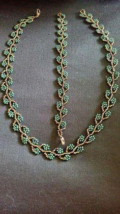 This pin was discovered by iodine # this # was discovered # was - Schmuck zum Selbermachen - Frauenschmuck Beaded Necklace Patterns, Bracelet Patterns, Beaded Earrings, Beaded Bracelets, Necklaces, Netted Bracelet, Seed Bead Jewelry, Bead Jewellery, Seed Beads