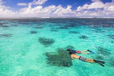 Snorkeling in Muri Lagoon on Captain Tama's Lagoon Cruizes, Rarotonga, Cook Islands