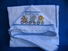 Diy And Crafts, Lunch Box, Towel, Hooded Bath Towels, Sewing Baby Clothes, Embroidered Towels, Baby Clothes Patterns, Kids Coloring, Baby Sewing