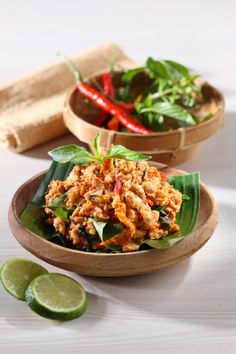 SAMBAL TEMPE KEMANGI Sajian Sedap Asian Recipes, Beef Recipes, Healthy Recipes, Ethnic Recipes, Indonesian Cuisine, Indonesian Recipes, Chicken And Beef Recipe, A Food, Food And Drink