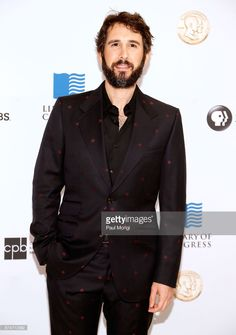 Josh Groban arrives at the Gershwin Prize Honoree's Tribute Concert at DAR Constitution Hall on November 15, 2017 in Washington, DC.  (Photo by Paul Morigi/Getty Images)