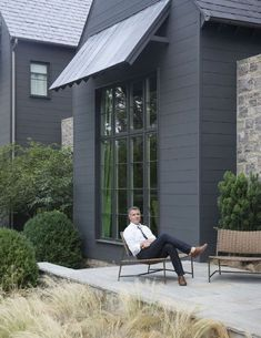 Pictured above is architect Blaine Bonadies as seen in Volume III of TSG Nashville. Bonadies Architect is a small, full-service architectural firm that creates high-quality residential and commercial. Black House Exterior, Cottage Exterior, Modern Farmhouse Exterior, House Paint Exterior, Exterior House Colors, Exterior Siding, Cafe Exterior, Building Exterior, Design Exterior