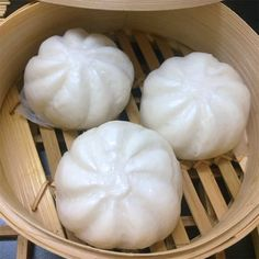 This Siopao Recipe consist of Asado and Bola-Bola, introduced to the Filipinos by Ma Mon Luk and becomes popular food here in the Philippines Filipino Dishes, Filipino Desserts, Filipino Recipes, Asian Recipes, Gourmet Recipes, Cooking Recipes, Healthy Recipes, Pastry Recipes, Siopao Asado Recipe