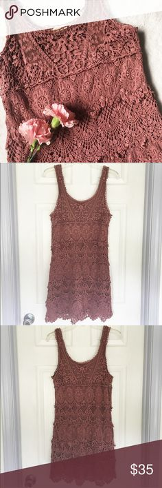 Mauve Short Crochet Lace Dress Urban Outfitters 🌸 Mauve crochet lace tank top short dress by Staring at Stars, by Urban Outfitters   🌸 Most of it is made of tiered crocheted lace with a bit of thin mesh lace near the neckline   🌸 Has a sewn in slip under the lace  🌸 Slightly loose fitting, kind of like a flapper dress   🌸 Size large   Note: The pictures in fourth photo are stock photos and are to show the fit the dress has and do not reflect the color of it Urban Outfitters Dresses Mini