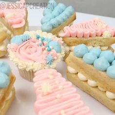 Buttercream Cupcakes, Cake Icing, Cake Mold, Cute Desserts, No Bake Desserts, Pizza Cake, Brownie Pizza, Mini Cakes, Cupcake Cakes