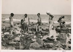 Italian Vintage Photographs ~ #Italy #Italian #vintage #photographs ~ Alla ricerca di polpi? (Photo: Gherlone Carlo, 1925-1930) #Liguria