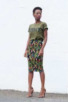 Vous aimez le wax? Retrouvez tous les articles et sélections sur le wax ici : https://cewax.wordpress.com Retrouvez les créations CéWax en tissu africains en vente ici: http://cewax.alittlemarket.com - Ethnic fusion --- pencil skirt with t shirt