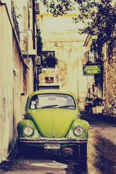 indigo-memories:  Green Car on @We Heart It.com - http://whrt.it/Z1beVI
