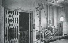 Titanic Elevator